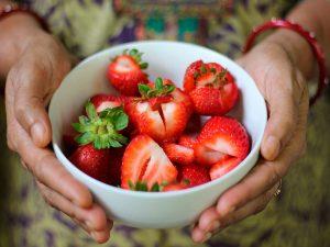 Variedad de colores en frutas y verduras